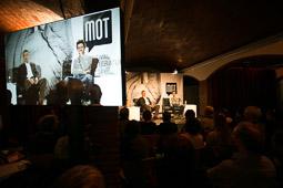 Les millors fotos de la setmana de Nació Digital <a href='http://www.naciodigital.cat/garrotxa/noticia/15591/mot/es/consolida/edicio/multitudinaria/festival'>El MOT es «consolida» en l'edició més multitudinària del festival.</a></br> Foto: Martí Albesa