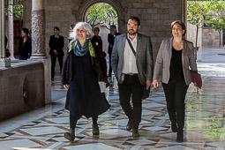 Les millors fotos de la setmana de Nació Digital Els municipis reclamen als bancs que «no s'aprofitin» de la suspensió de la Llei 24/2015. Foto: Juanma Peláez
