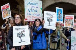 Les millors fotos de la setmana de Nació Digital Les obres de la rambla Hospital de Vic comencen amb protestes de veïns. Foto: Adrià Costa