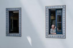 Les millors fotos de la setmana de Nació Digital <a href='http://www.naciodigital.cat/noticia/111709/maria/assumpcio/vila/no/pot/ser/no/hagi/buscat/espai/manters'>Maria Assumpció Vilà: «No pot ser que no s'hagi buscat un espai per als manters».</a></br> Foto: Adrià Costa