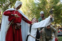 Les millors fotos de la setmana de Nació Digital <a href='http://www.naciodigital.cat/bergueda/noticia/6645/baga/torna/epoca/medieval/rememora/batalla/dels/pinos'>Bagà retorna a l'època medieval. Com cada any, les Festes de Pinós han atret milers de persones.</a></br> Foto: Aida Morales
