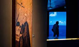 Les millors fotos de la setmana de Nació Digital <a href='http://www.naciodigital.cat/galeria/2801/incendi/sant/feliu/sasserra?rlc=a1'>El CCCB acull l'exposició «La màquina de pensar. Ramon Llull i l'ars combinatoria» fins a l'11 de desembre.</a></br> Foto: Adrià Costa