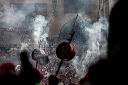 Les millors fotos de la setmana de Nació Digital <a href='http://www.naciodigital.cat/naciofotos/galeria/14786/pagina1/patum/lluiment/extraordinaria/queralt/2016'>Una Patum extraordinària i memorable completa el Centenari de la coronació de la Mare de Déu de Queralt..</a></br> Foto: Carles Palacio