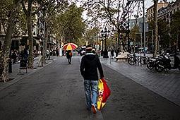 Manifestació unionista del 12-O a Barcelona Assistents a la manifestació unionista del 12-O a Barcelona
