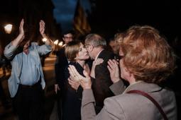 Les millors fotos de la setmana de Nació Digital Més d'un miler de persones clamen contra la justícia espanyola i donen suport a la presidenta del Parlament. Foto: Adrià Costa