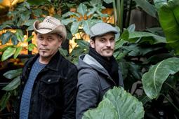 2016: 1 any 100 retrats David Serra i Joan Barbé «Projecte Mut».