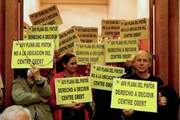 Les millors fotos de la setmana de Nació Digital Sorollosa protesta al ple de Sabadell contra el Centre Obert de la Planada.Foto: Albert Segura