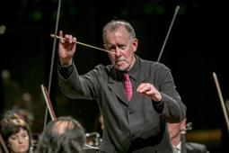 Les millors fotos de la setmana de Nació Digital James Ross s'estrena a l'OSV amb un concert dedicat a Chopin.Foto: Juanma Peláez