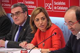 Carme Chacón, fotos històriques de la dirigent socialista Carme Chacón, al costat de Miquel Iceta i Àngel Ros, a l'executiva del partit en el dia posterior a les eleccions.Foto: ACN