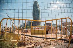 Les millors fotos de la setmana de Nació Digital Els veïns es resignen a l'encariment i els retards a les obres de Glòries: «Sembla la Sagrada Família».Foto: Jordi Jon Pardo