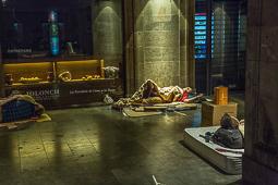 Les millors fotos de la setmana de Nació Digital Rècord negatiu a Barcelona: ja hi ha un miler de sensesostre que dormen al carrer.Foto: Jordi Jon Pardo