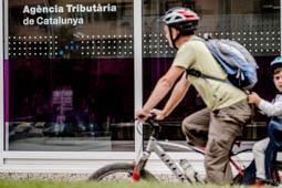 Les millors fotos de la setmana de Nació Digital Vic obre la seva oficina de l'Agència Tributària de Catalunya. Foto: Adrià Costa