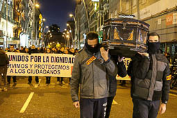 Les millors fotos de l'any de NacióDigital Mig miler de policies es manifesten a Barcelona contra polització de la seva tasca.Foto: Isaac Meler
