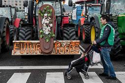 Les millors fotos de l'any de NacióDigital La Marxa Pagesa supera totes les expectatives portant més de 500 tractors a Barcelona.Foto: Adrià Costa