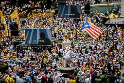 Les millors fotos de l'any de NacióDigital El sobiranisme desafia l'Estat: «No teniu prou presons per posar-hi tots els ciutadans de Catalunya».Foto: Adrià Costa