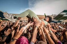 Les millors fotos de l'any de NacióDigital Les veus femenines i Arca, captivadors d'un públic atent en l'estrena del Sónar.Foto: José M. Gutiérrez