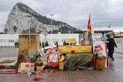Eleccions andaluses 2015 Campament d'un sense sostre a La Línea de la Concepción, a tocar de la frontera amb Gibraltar.