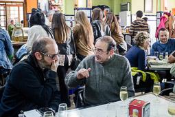 Eleccions andaluses 2015 Tertulia al bar El Liebre de Castro  del Rio, Còrdova.