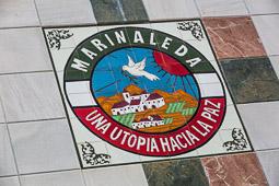 Eleccions andaluses 2015 L'escut de Marinaleda a la façana de l'ajuntament.
