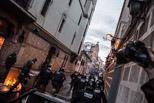 Avalots al barri de Sants pel desallotjament de Can Vies