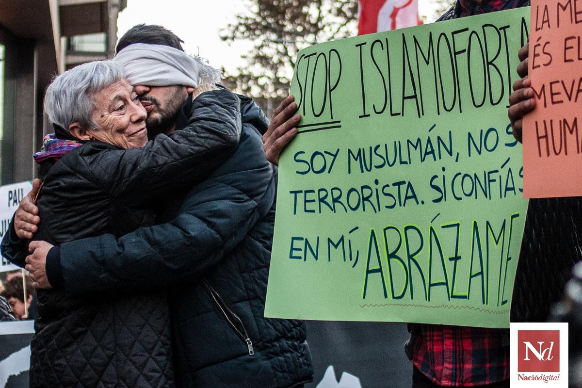 Manifestació contra la guerra: «Mai més»