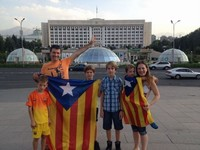 Via Catalana - Fotos dels lectors Elisenda Pous i família. Kazahastan.