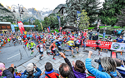 Ultratrail del Mont Blanc-Chamonix 2014 Sortida TDS des de Courmayeur. Foto: © The North Face® Ultra-Trail du Mont-Blanc® - Michel Cottin