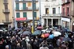 Funeral mossèn Ballarin Pla general de la Plaça Sant Pere un cop acabada la missa de comiat a mossèn Ballarín (ACN)
