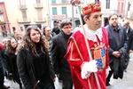Funeral mossèn Ballarin El president de la Generalitat, Carles Puigdemont, l'alcaldessa de Berga, Montse Venturós, i el conseller d'Economia, Oriol Junqueras, pugen les escales de l'església de Santa Eulàlia de Berga per assistir a la missa de comiat de mossèn Ballarín (ACN)