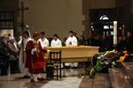 Funeral mossèn Ballarin El fèretre amb les despulles de Ballarín han presidit la missa a la banda dreta de l'altar (ACN)