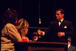 «Tempo - Instantànies de guerra i ball» a la Trobada de Teatre d'Osona