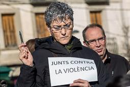 Concentració a Torelló contra els atemptats de França
