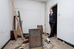 Santi Vila visita el Museu del Ter i els pisos de Can Garcia de Manlleu