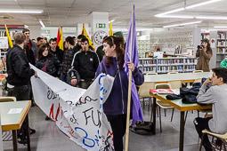 Manifestació d'estudiants a Vic contra el 3+2