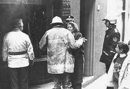 Estimats bombers (1978-94) Atenció a persones. Vic (1990). Foto: Arxiu La Marxa