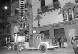 Estimats bombers (1978-94) A la rambla de les Davallades, de Vic. Foto: Arxiu La Marxa