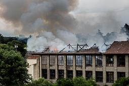 Incendi a la fàbrica El Tint de Taradell