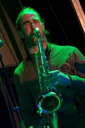 Concert de Ressaka i Smoking Souls a les festes del barri de l'Horta Vermella