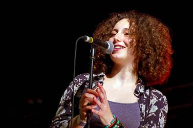 Concerts Fes-te Jove Manlleu (Paula Valls, La Terrasseta de Preixens, Lágrimas de Sangre)