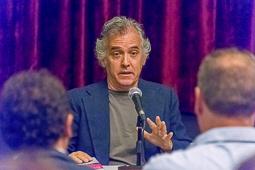 Joan Orriols presenta el llibre «Pintallavis» a Vic