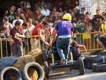 Fes-te jove de Manlleu 2011: baixada de carretons