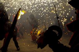 Correfoc de la festa major d'Olost 2014