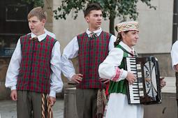 Festival de Música de Cantonigròs 2014: cercavila dels cors