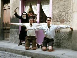 Grups d'animació osonencs dels anys 70 i 80 Coral Vajillas, a principis dels anys 80. Foto: Arxiu Coromina