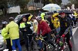 Marxa lenta ciclista contra la prohibició de circular a la C-17