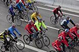 2a marxa lenta ciclista contra la prohibició de circular a la C-17
