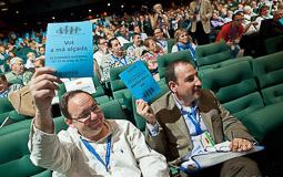 Ramon Espadaler, l'àlbum de fotos Al Congrés d'UDC, reelegit president del Consell Nacional. Arran d'aquest congrés, Vila d'Abadal abandonaria el partit.  (12/05/2012).