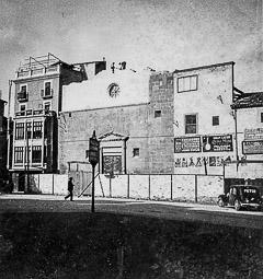 Revolució, guerra i franquisme a Vic Inici de la demolició del convent de Santa Clara, a la plaça del mateix nom.