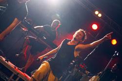 Festa Jove de Tona 2014: Concert amb Trast, Bonobos i Brams