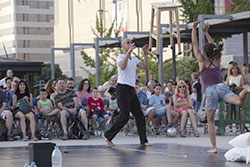Festival 30 Nits 2015   «Spazi...o» de Dikothomia Cía